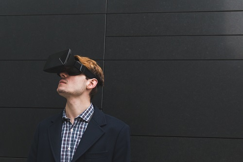 Rise in Virtual Reality Investment Causing Stir with Marketers